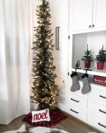 Sophisticated Christmas Rv Decorations Ideas For Valuable Moment 04