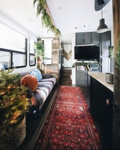Sophisticated Christmas Rv Decorations Ideas For Valuable Moment 12