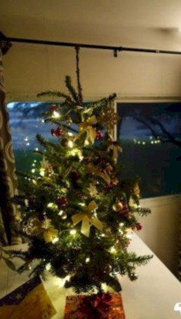 Sophisticated Christmas Rv Decorations Ideas For Valuable Moment 13