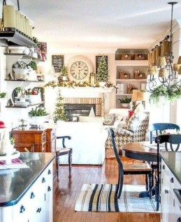 Sophisticated Christmas Rv Decorations Ideas For Valuable Moment 30