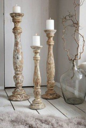 Stunning Large Candle Holders Decoration Ideas For Romantic Homes 09