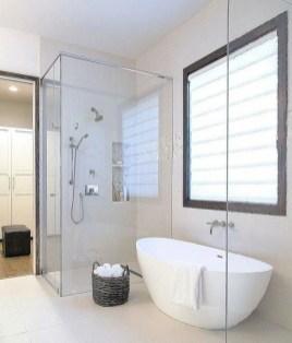 Amazing Master Bathroom Design Ideas To Try Asap 23