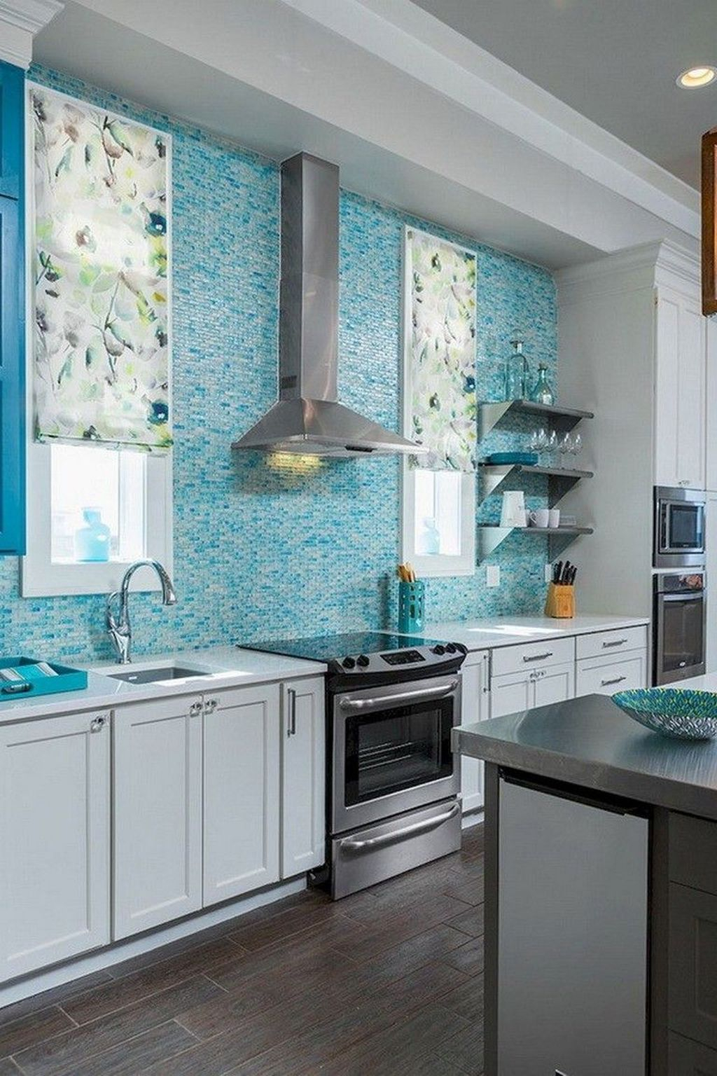 Awesome Backsplash Kitchen Wall Ideas That Every People Want It 33