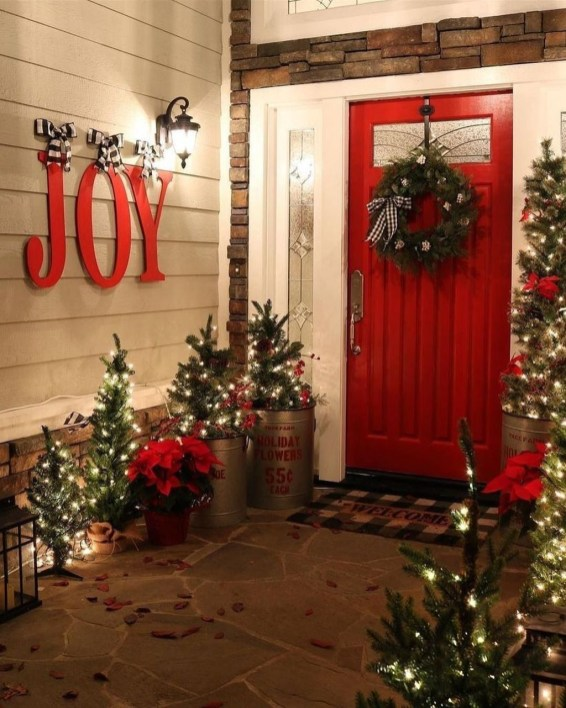 Beautiful Farmhouse Christmas Decor Ideas To Have Right Now 31
