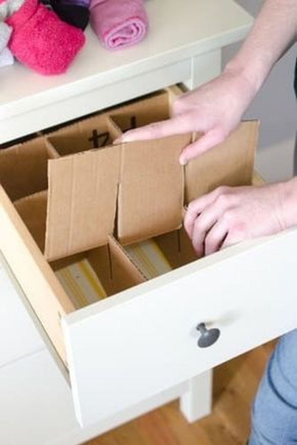 Dreamy Bedroom Organization Ideas That Will Enhance Home Storage 29