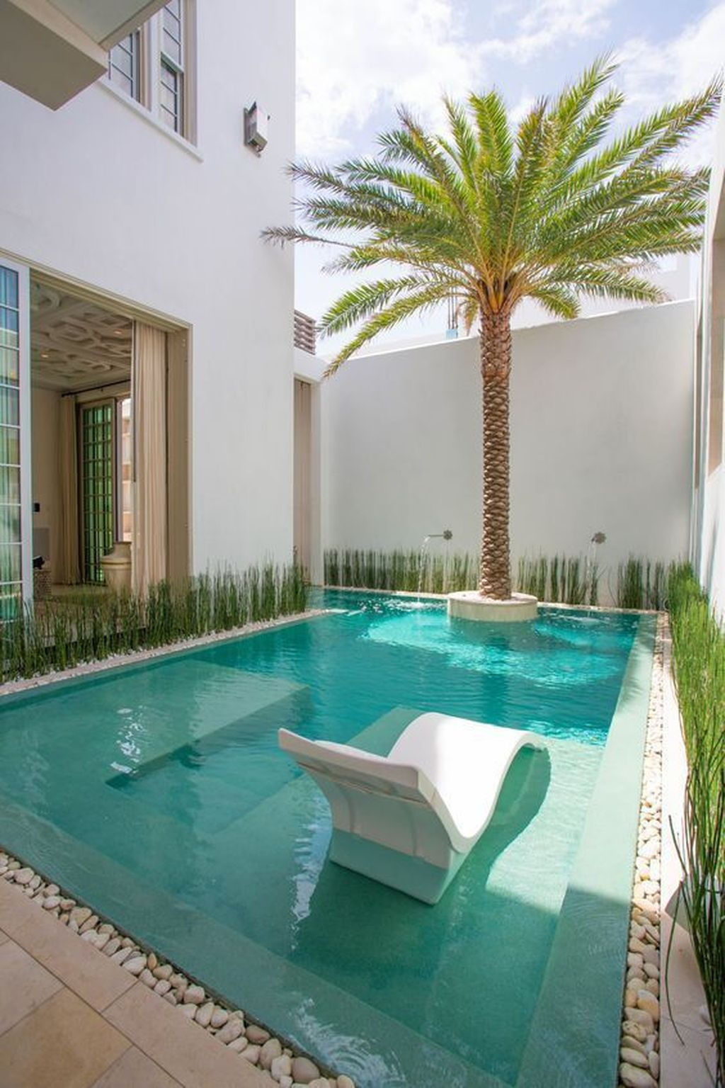 Flawless Small Pool Landscaping Design Ideas For Enchanting Home Outside 07