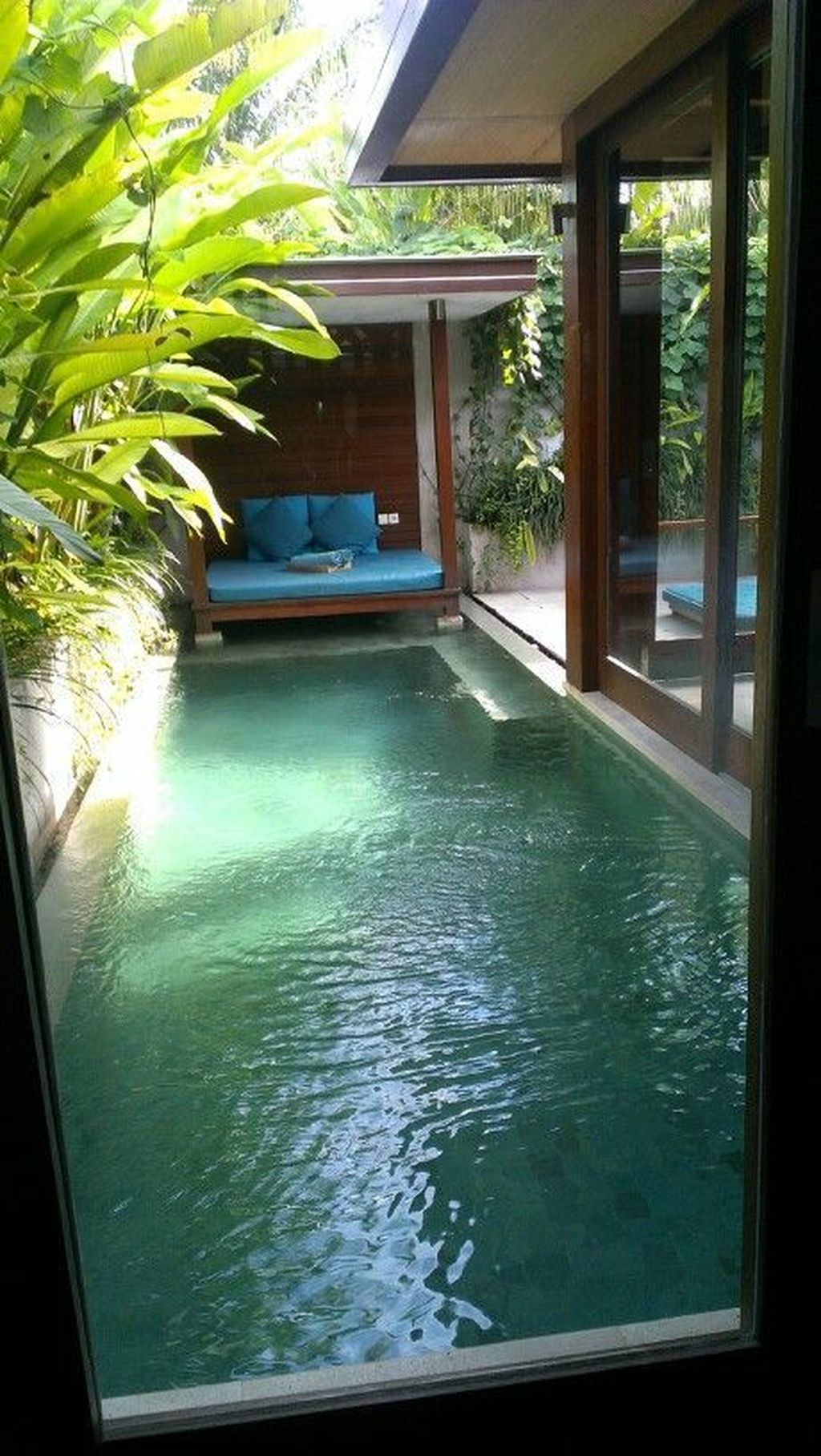 Flawless Small Pool Landscaping Design Ideas For Enchanting Home Outside 22