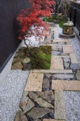 Inspiring Rock Garden Ideas To Make Your Landscaping More Awesome 17