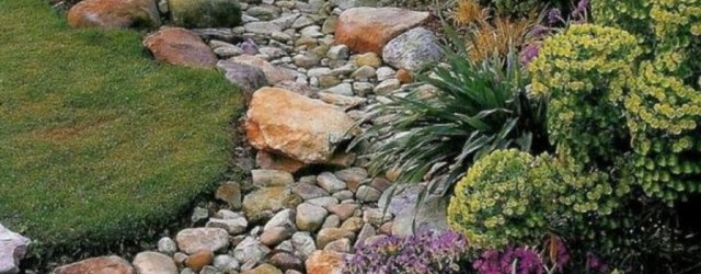 Inspiring Rock Garden Ideas To Make Your Landscaping More Awesome 36