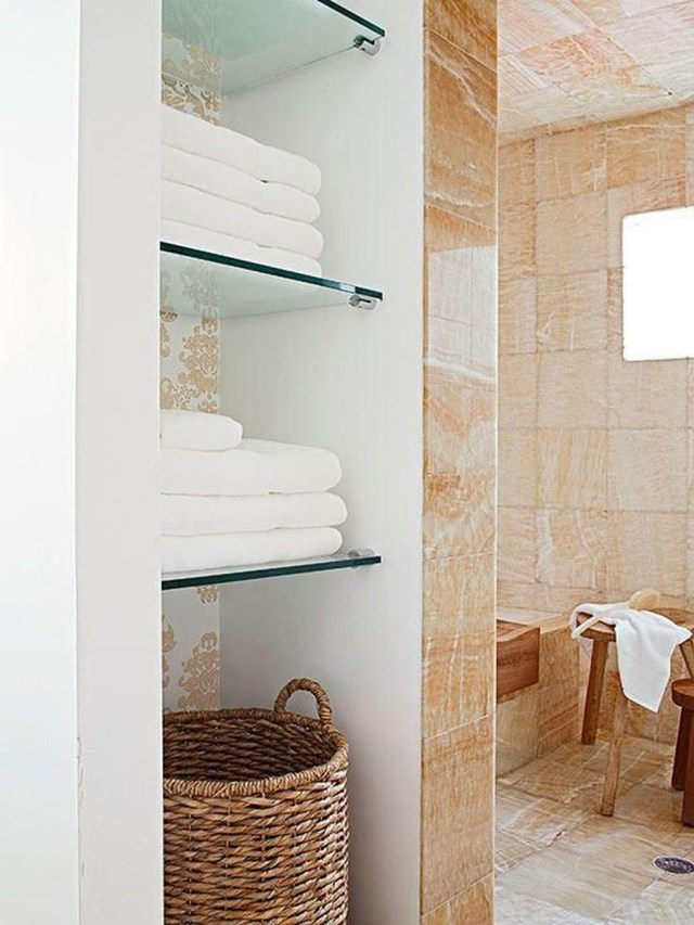 Marvelous Wooden Shower Floor Tiles Designs Ideas For Bathroom Remodel 36