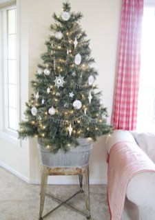 Pretty Christmas Decor Ideas For Small Space To Try Asap 29