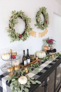 Pretty Winter Table Decoration Ideas For A Romantic Dinner 06