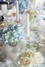 Pretty Winter Table Decoration Ideas For A Romantic Dinner 14