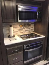 Relaxing Rv Kitchen Design Ideas For More Comfortable Cooking During The Holiday 10