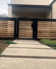 Surpising Fence Design Ideas To Enhance Your Beautiful Yard 10