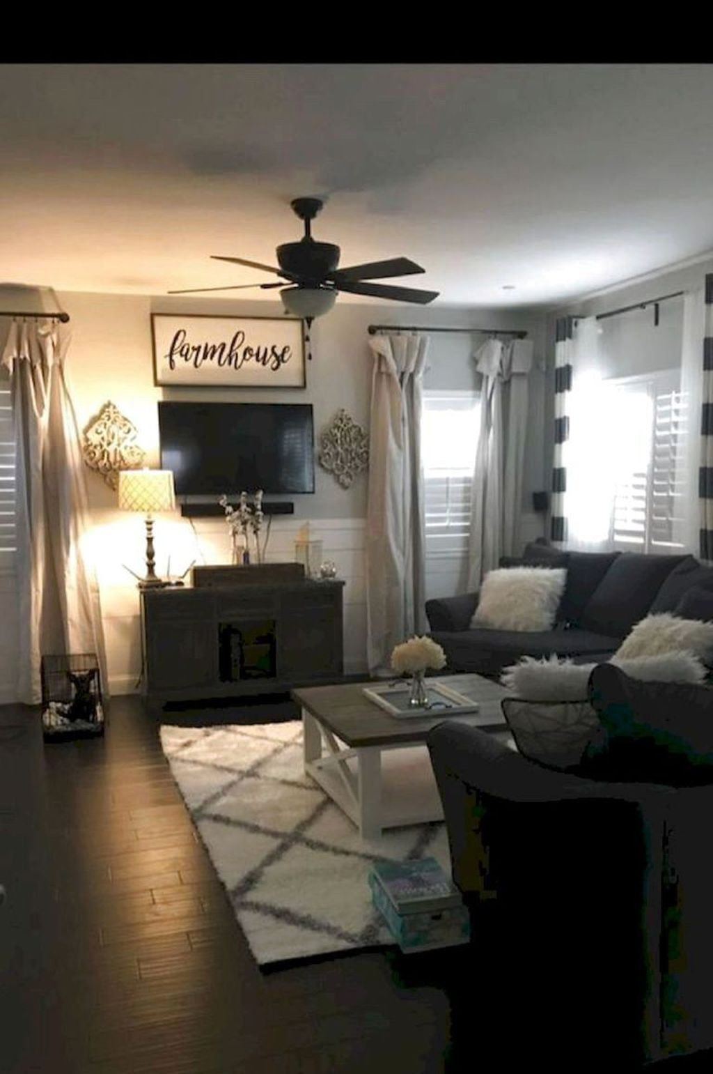 Vintage Home Interior Design Ideas For Awesome Living Room 26