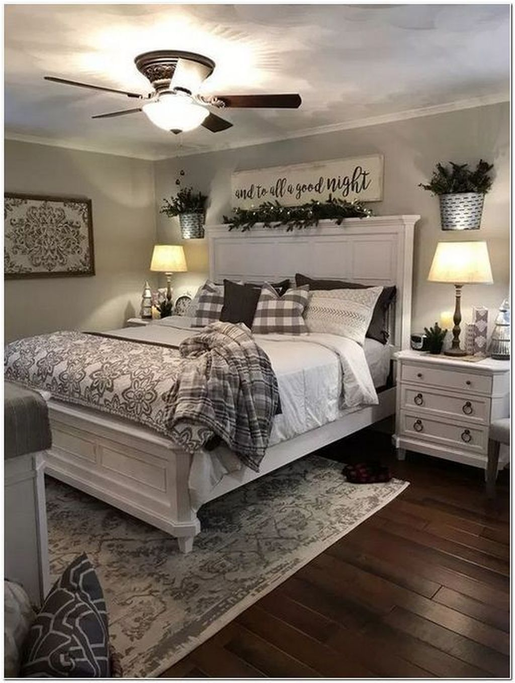 Admiring Bedroom Decor Ideas To Have Right Now 27