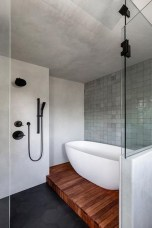 Affordable Bathtub Design Ideas For Classy Bathroom To Try 01
