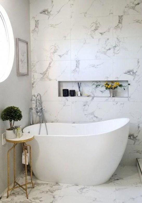 Affordable Bathtub Design Ideas For Classy Bathroom To Try 28