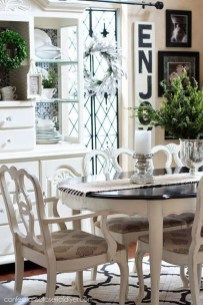 Amazing Dining Room Table Decor Ideas To Try Soon 03