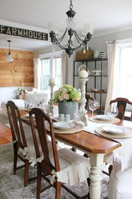 Amazing Dining Room Table Decor Ideas To Try Soon 27
