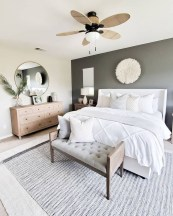 Cozy Small Master Bedroom Decoration Ideas To Copy Soon 14