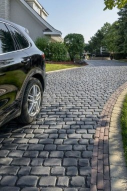 Fabulous Driveway Landscaping Design Ideas For Your Home To Try Asap 18