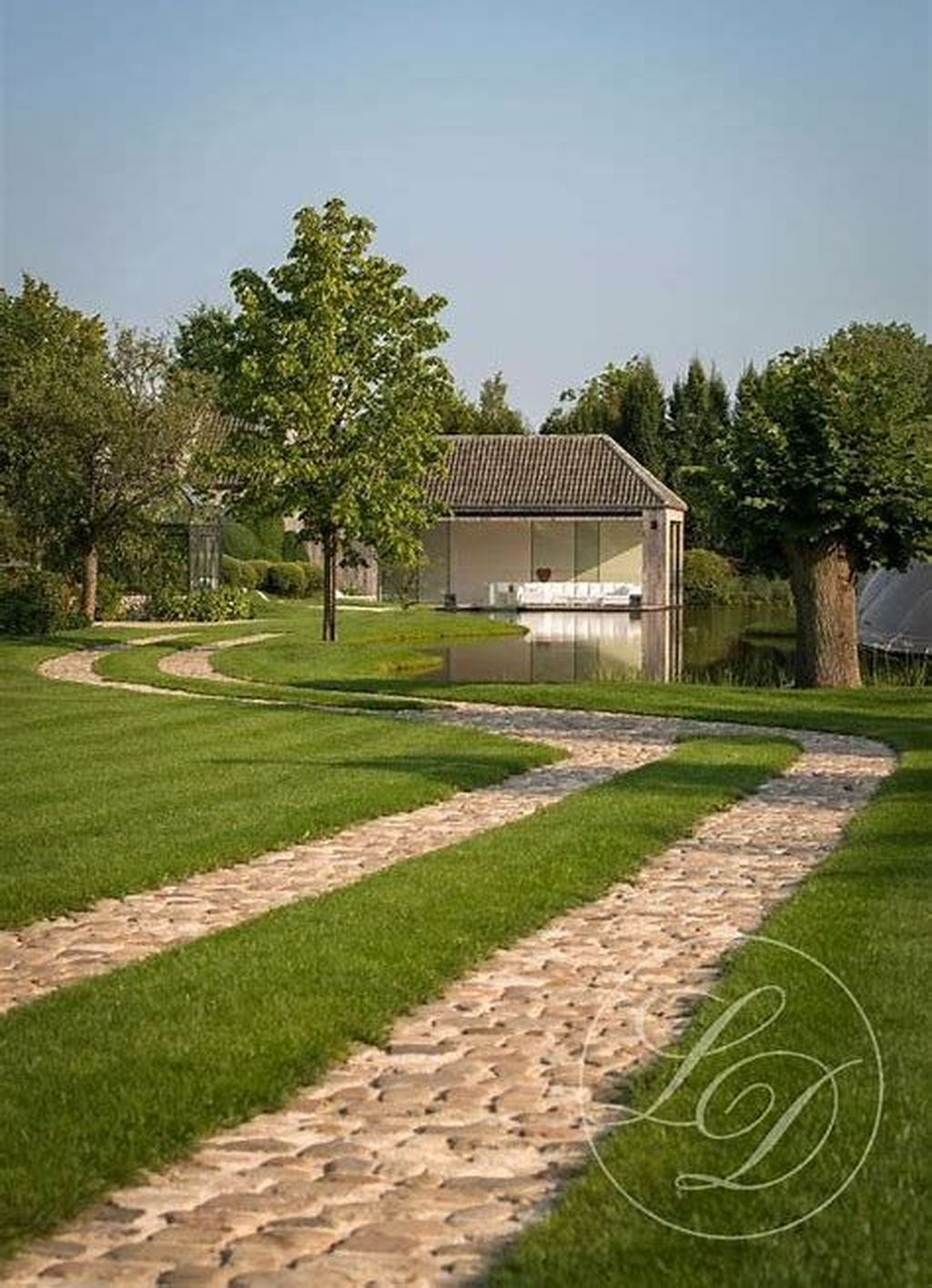 Fabulous Driveway Landscaping Design Ideas For Your Home To Try Asap 26