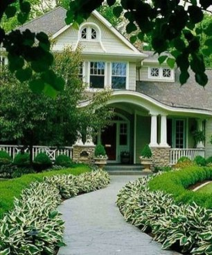 Fabulous Driveway Landscaping Design Ideas For Your Home To Try Asap 27