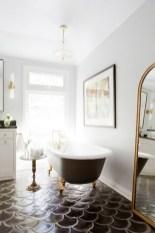 Fantastic Black Floor Tiles Design Ideas For Modern Bathroom 09
