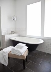 Fantastic Black Floor Tiles Design Ideas For Modern Bathroom 24