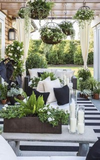 Favorite Home Patio Design Ideas With Best Hanging Plants 19