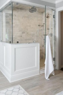 Perfect Master Bathroom Design Ideas For Small Spaces To Have 21