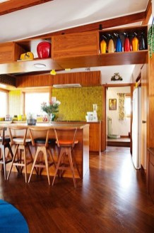 Splendid Mid Century Kitchen Design Ideas To Try 20