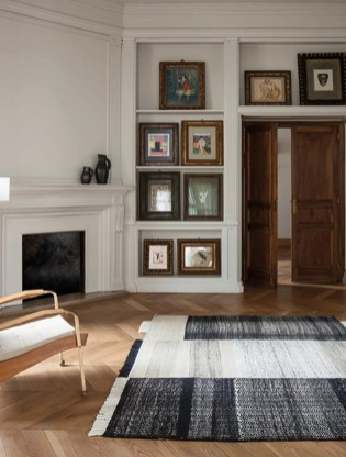 Stunning Traditional Indian Carpet Designs Ideas For Living Room To Try 35