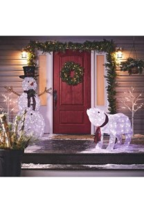 Casual Winter Decorating Ideas For Pet Lovers To Try Right Now 14