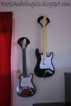 Dreamy Racks Design Ideas From Recycle Old Guitars To Try Asap 14