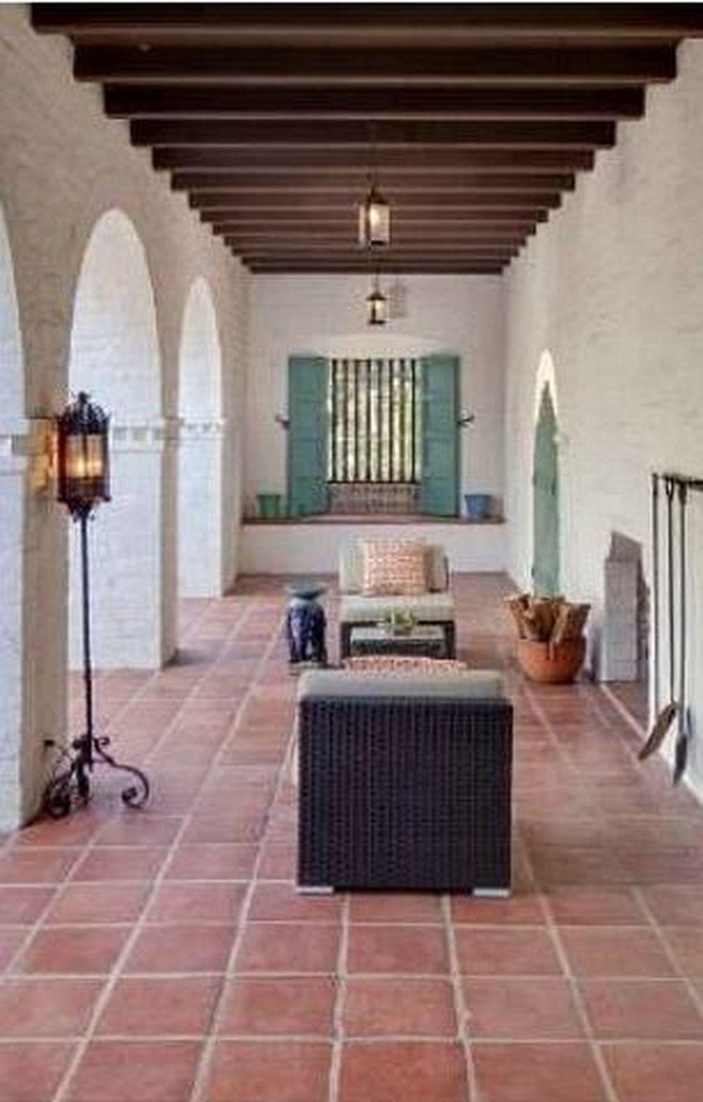 Enjoying Mediterranean Style Design Ideas For Your Home Décor 24