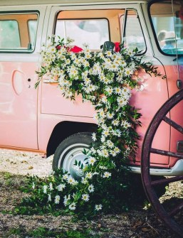 Gorgeous Wedding Theme Ideas With Vw Car Party To Have Right Now 04
