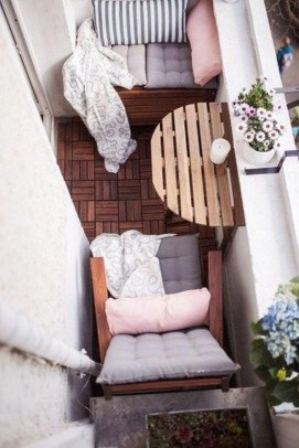 Relaxing Tiny Balcony Decor Ideas To Try This Month 16