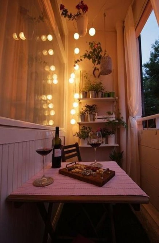 Relaxing Tiny Balcony Decor Ideas To Try This Month 28