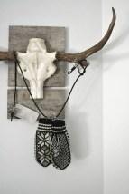 Splendid Deer Shelf Design Ideas With Minimalist Scandinavian Style To Try 16