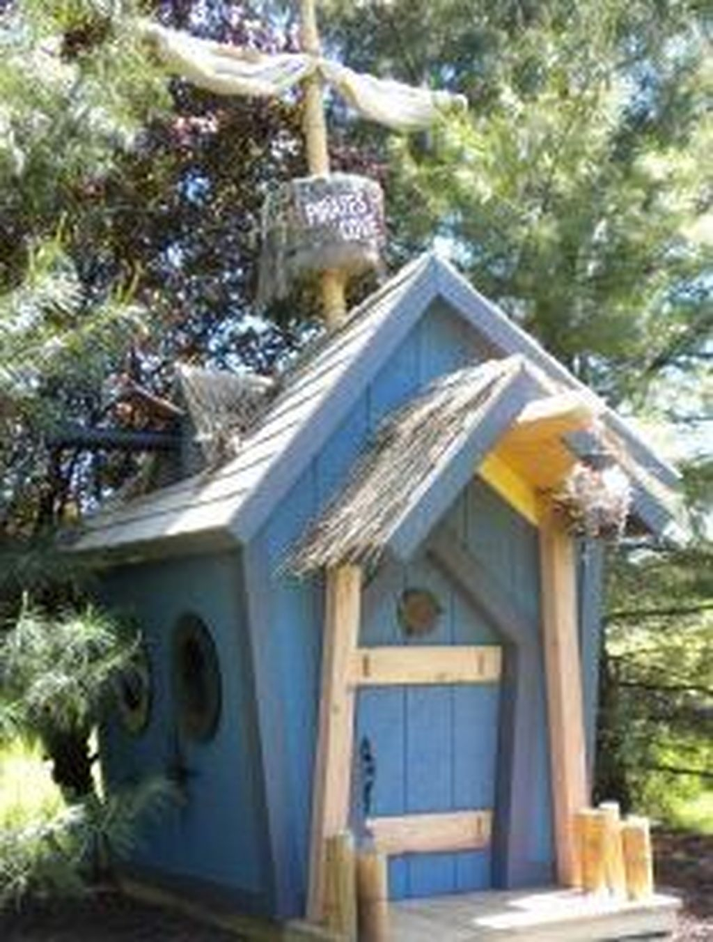 Attractive Outdoor Kids Playhouses Design Ideas To Try Right Now 07