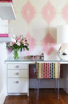 Captivating Girl Workspace Design Ideas That Looks So Cute 05