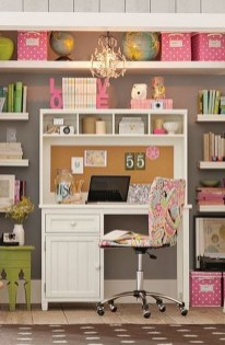 Captivating Girl Workspace Design Ideas That Looks So Cute 28