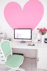 Captivating Girl Workspace Design Ideas That Looks So Cute 29
