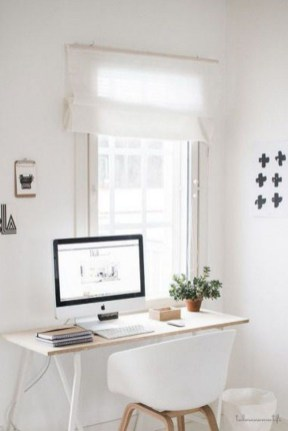 Captivating Girl Workspace Design Ideas That Looks So Cute 38
