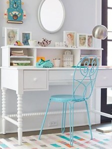 Captivating Girl Workspace Design Ideas That Looks So Cute 40