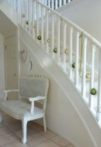 Charming Winter Staircase Design Ideas With Banister Ornaments To Try Asap 03