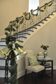 Charming Winter Staircase Design Ideas With Banister Ornaments To Try Asap 29
